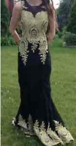 Robe de bal ou de soirée / Prom or evening gown