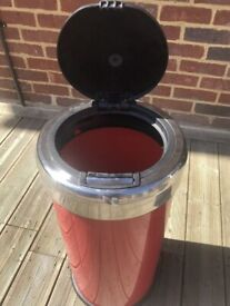 Red Bin 30 Litre Touch Top - Great Condition