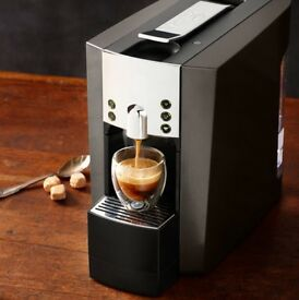 Verismo Coffee Machine by Starbucks (pods)