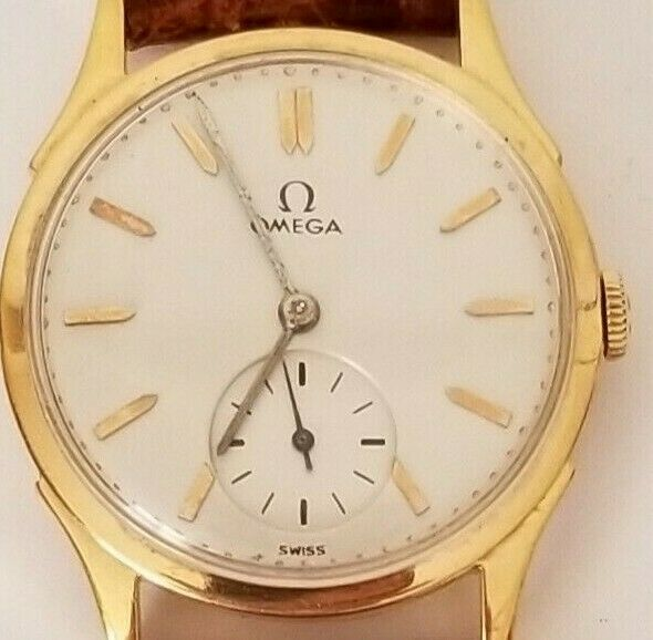 OMEGA SOLID 18KT ROSE GOLD WATCH,
