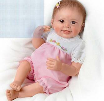 Lifelike Interactive Realistic Baby Doll 56 cm The Ashton-Drake