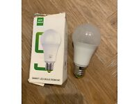 Smart WIFI LED bulb 9w (100w equivalent) control with app