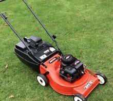 Rover easy start lawn mower 4hp 4 stroke 4 blades Wantirna Knox Area Preview