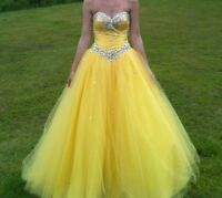 Mori Lee size 8 prom dress with adjustable corset back. The dress ...