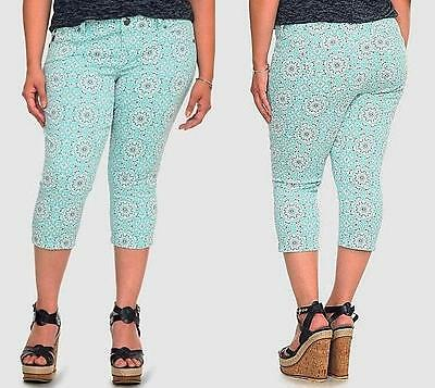 Nwt Womens Torrid Jeans Pants Paisley Light Blue Teal Capris Spndex Plus   14
