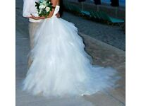 Stunning wedding dress size S-M. Must see