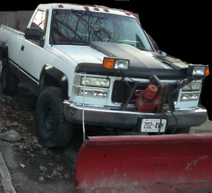1990 gmc k2500 4x4 with western conventional plow