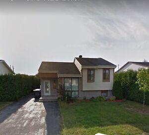 Maison a vendre 250000$ possibilité de louez avec option d'achat