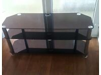 Black shiny tv unit