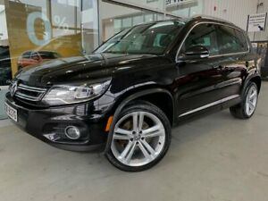 2014 Volkswagen Tiguan Highline 4MOTION (AWD)/ PANO ROOF/ LEATHR