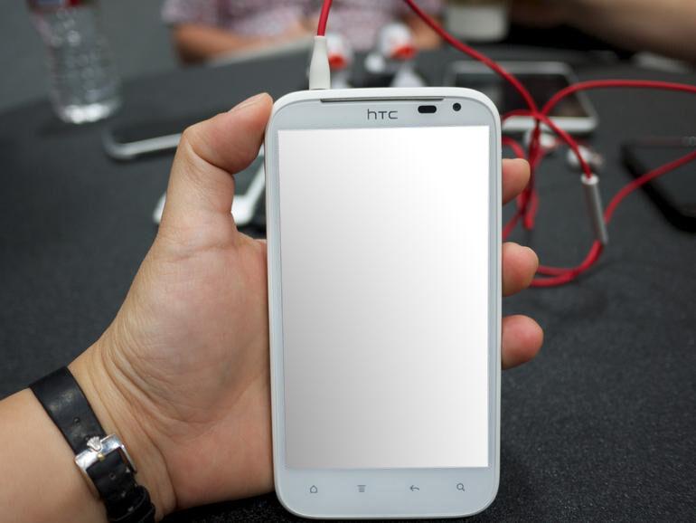 Das HTC Sensation XL im Test