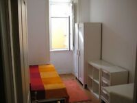 Bright and clean single room @ Stratford