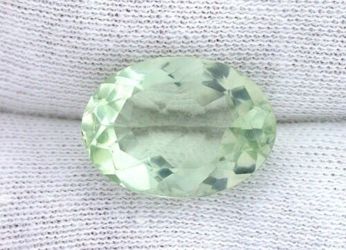 8.25 Carat Oval Natural Green Amethyst Prasiolite Gemstone Gem Stone EBS2265
