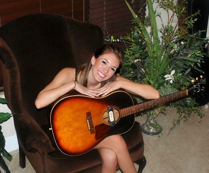 Gibson Vintage J-45 Acoustic Guitar
