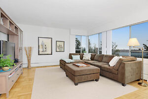 Bright South-West 3 Bedroom Apartment with Pool in Kerrisdale!