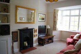 2 bedroom flat in Fieldview, Earlsfield SW18