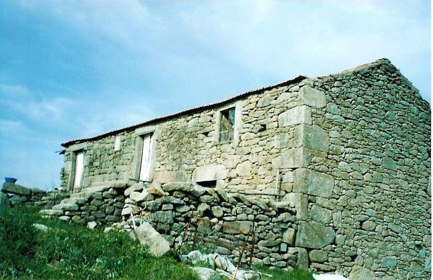 Portuguese Farm - 262.900m2 nearby Serra da Estrela
