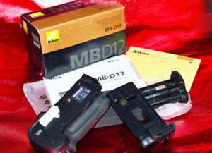 NIKON MB-D 12 Battery Grip for D800 / D800E / D810