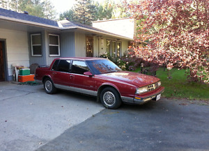 1989 Oldsmobile Ninety-Eight Regency Broughm Sedan