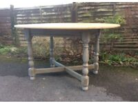 Rustic Stripped Oak Oval Dining/Kitchen Table