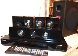 Samsung Surround Sound  Home Theater 5 Speaker System with Subwo