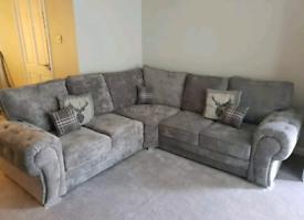 *5 Seater Verona Corner Sofa With Full Back Cushions