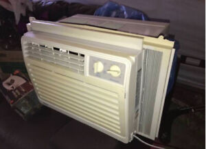 Air Conditioner!!! Excellent Condition, Used in Smoke Free Home.