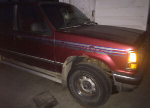1991 Ford Explorer 4x4 (Great Winter Vehicle)