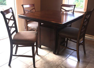 """Pub style"" Dinning table with chairs"