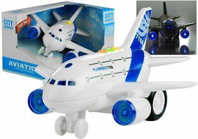 Kinder Spielzeug Flugzeug Mini Jumbo 1:200 mit Licht & Sound ! Neu & Ovp!!