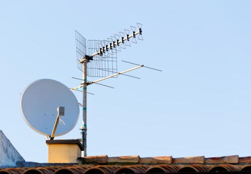DVBT-Antennen für Innen und Außen