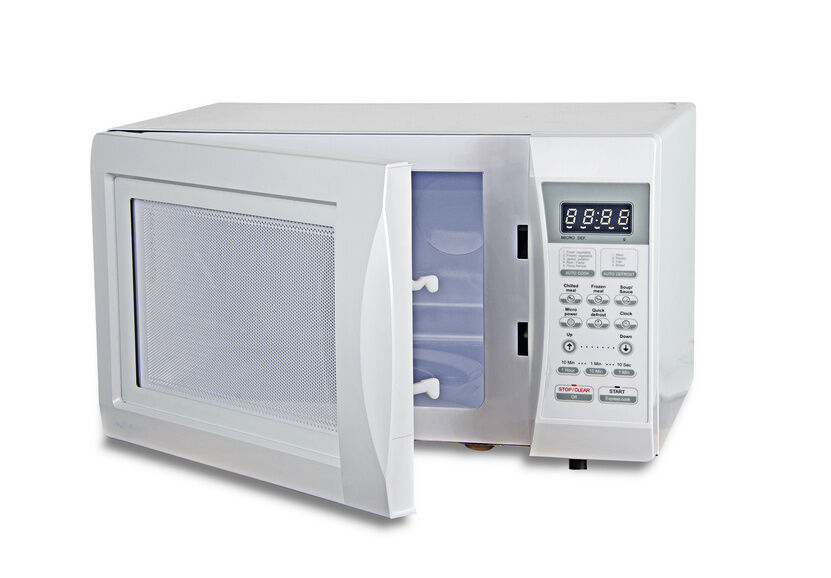 What are the steps in microwave troubleshooting?