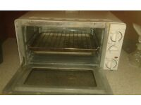 Second hand toaster oven, good working order
