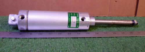 1 USED CHICAGO CYLINDER CORP D-02784 PNEUMATIC *** MAKE OFFER ***