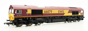 HORNBY OO GAUGE R3487 CLASS 66 079 'JAMES NIGHTALL GC' EWS DIESEL LOCO *NEW*