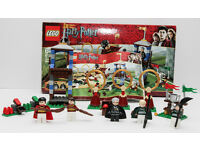 Lego Harry Potter 4737 Quidditch with 5 minifigures. Very collectible