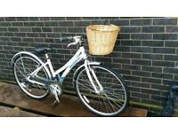HYBRID LADIES TOWN CITY BIKE (CLAUDE BUTLER CLASSIC)