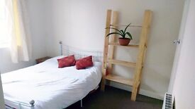 Double Room for rent in Kirkstall £385 inc Bills