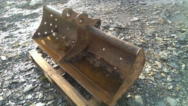 3- 6 ton digger 5ft bucket 45mm pin 170+ 270mm centre Grading Ditching  Yanmar B50 JCB CAT Excavator | in Totnes, Devon | Gumtree