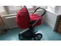 Quinny Buzz 3 pram/buggy travel system with carrycot