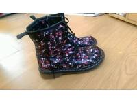 Floral boots size 2 adult