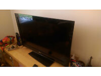 32'' LG LCD HD-ready TV for sale