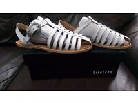 ****REDUCED FOR QUICK SALE**** New & Boxed - Firetrap White Leather Sandals - Size 6