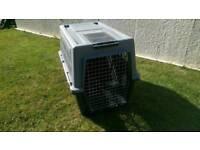 Ferplast medium pet transport box