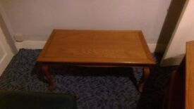 Woodern coffee table good condition