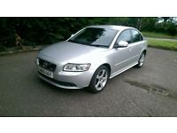 Volvo S40 R-Desing, leather, new Mot, lady owner, excellent condition.
