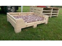 Solid wood large dog bed with base mat