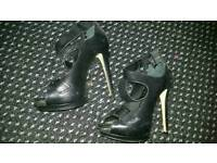 River Island high heel shoes, size 5