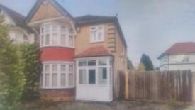 4 bedroom house in Harrow HA3
