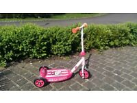 Hello Kitty 3 wheel scooter